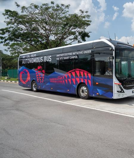 Volvo Buses and Nanyang Technological University demonstrate
