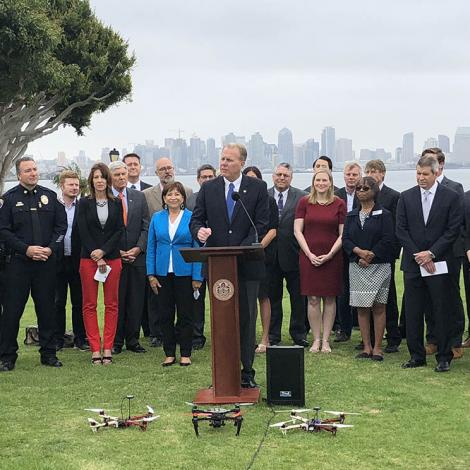 San Diego Mayor Kevin L. Faulconer and local businesses and innovation leaders announce San Diego was selected to participate in the IPP program. Photo: City of San Diego